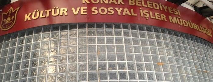 Selahattin Akçiçek Kültür Merkezi is one of sıksık.