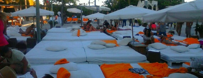 Nikki Beach Miami is one of Best clubs in Miami.