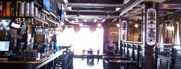 Sherlock Holmes is one of Рестораны.
