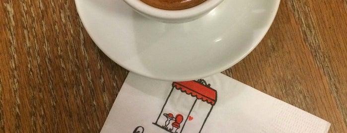 Le P'tit Café is one of Melhores Confeitarias, Padarias, Cafés do RJ.