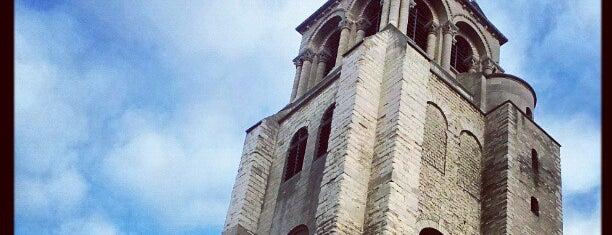 Saint-Germain-des-Prés is one of Paris.