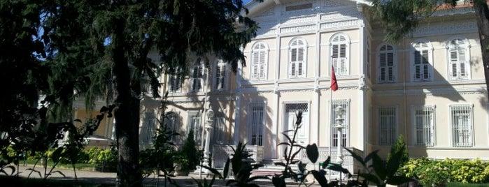 Yıldız Şale Köşkü is one of İstanbul'daki Müzeler (Museums of Istanbul).
