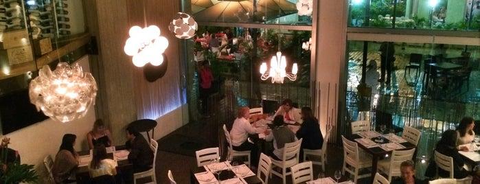 OLIO Restaurante is one of Savvy Traveller.
