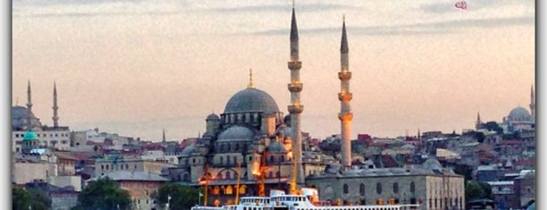 Yeni Cami is one of Istambul.