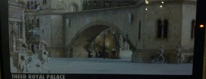Theed Palace Set (Queen Amidala) is one of Star Wars Weekend.