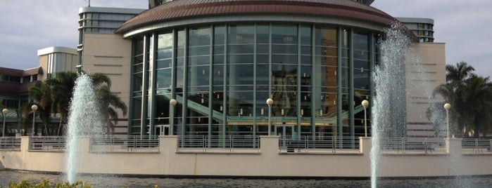 Kravis Center for the Performing Arts, Inc. is one of Favorite Arts & Entertainment.