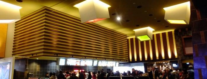 TOHO Cinemas is one of 地元で行く場所(流山市).