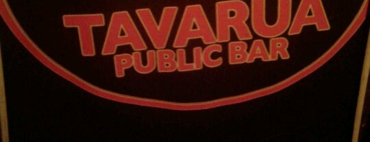 Tavarua Public Bar is one of Lugarees.