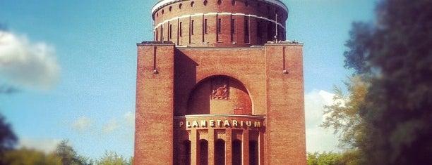 Planetarium Hamburg is one of Go.