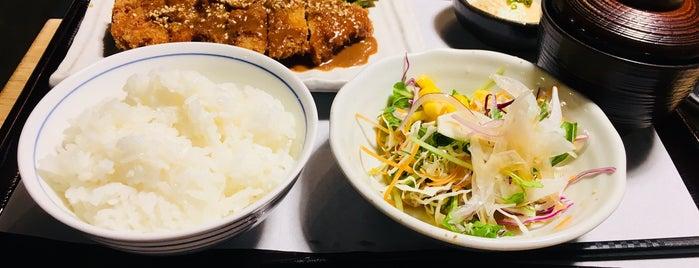串と水炊 博多松すけ is one of 大人が行きたいうまい店2 福岡.