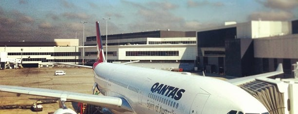 シドニー空港 (SYD) is one of International Airports.
