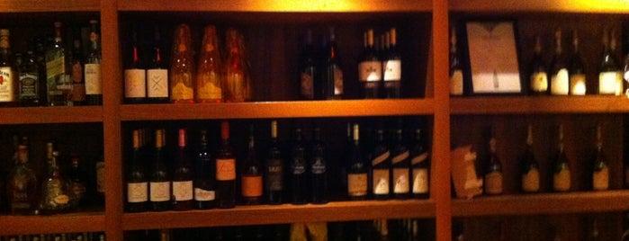 Fausto's is one of 2011 legjobb éttermei.