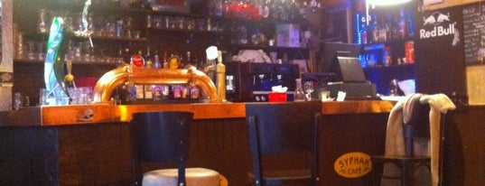 Syphax Café is one of Bars / Pubs.
