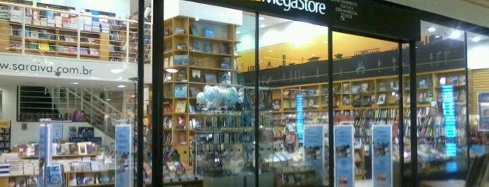 Saraiva Mega Store is one of comércio & serviços.