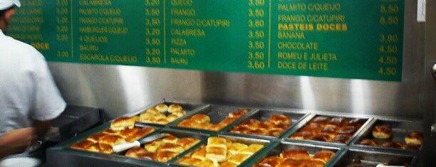 Pastelaria Brasileira is one of Comer e beber.