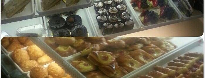 Dulce de Leche Argentine Bakery is one of #argentineStyleInNYC.