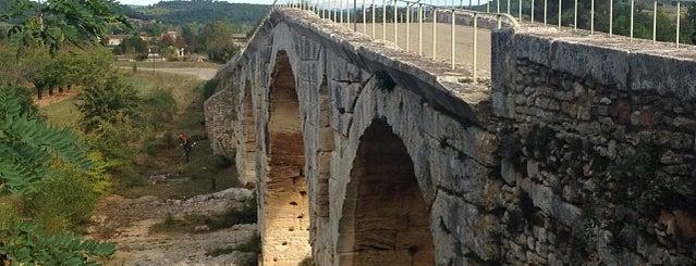 Le Pont Julien is one of Trips / Vaucluse, France.
