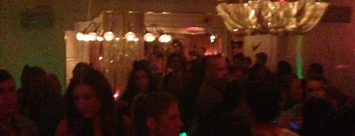Beauty & Essex is one of NYC Nightlife.