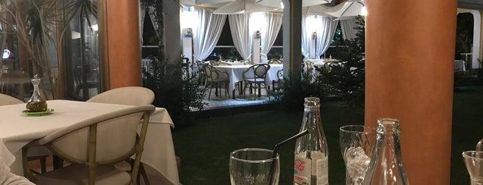 La Divina Comida is one of Restaurantes Visitados.