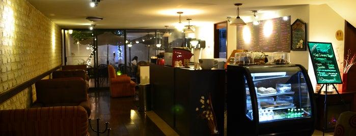 Fikafé Coffee Shop is one of Comidita rica en Puebla.