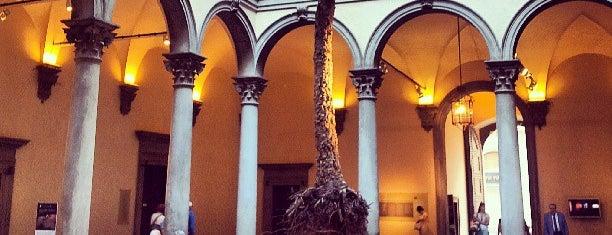 Palazzo Strozzi is one of Floransa.