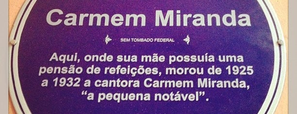 Videokê Club Carmem Miranda is one of Restaurantes & Centro.