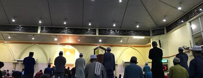 Masjid Imam Hj Ag Hashim is one of masjid.