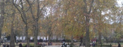 Russell Square is one of London.