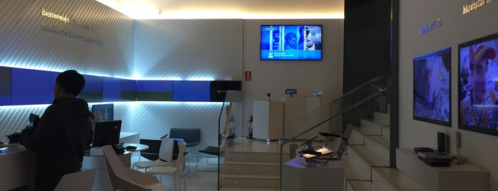 Tienda Movistar is one of Rincones madrileños..