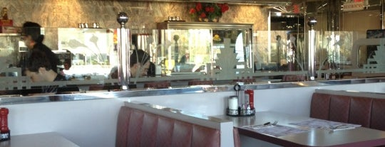 The Wayne Hills Diner & Restaurant is one of Diners I want to go.