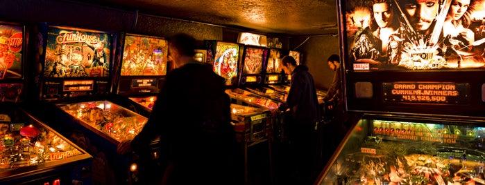 Ground Kontrol Classic Arcade is one of uwishunu portland.