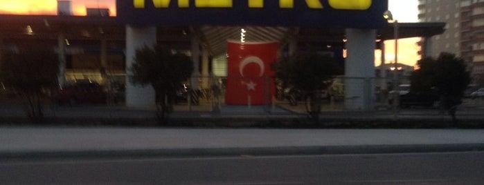 Metro Toptancı Market is one of İstanbul Avrupa Yakası #2 🍁🍃.