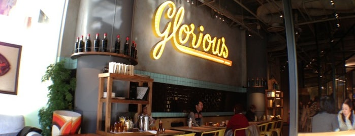 Glorious Chain Café is one of free Wi-Fi in 渋谷区.