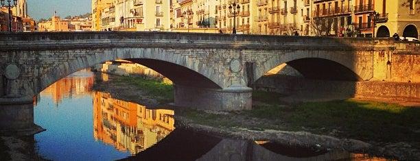 Pont de Pedra is one of girona I.