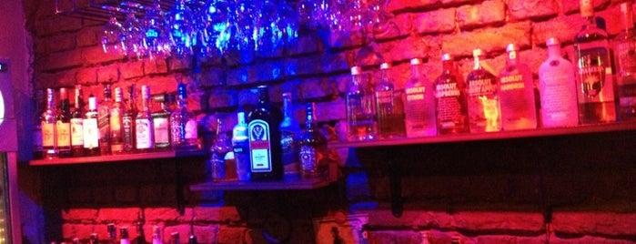Bohem Cafe Bar is one of Bar.