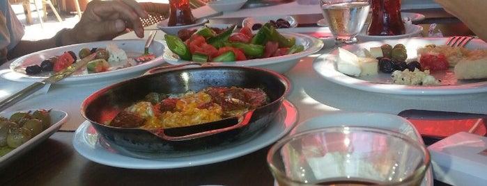 Ağaçlı Restaurant Köy Kahvaltısı is one of Kamp.