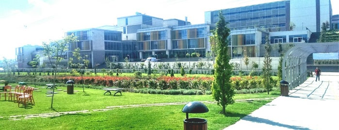 Özyeğin Üniversitesi is one of İstanbuldaki Üniversiteler ve Kampüsler.