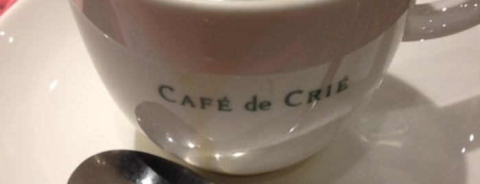 CAFÉ de CRIÉ 新橋赤レンガ通り店 is one of Sweets & Coffee.