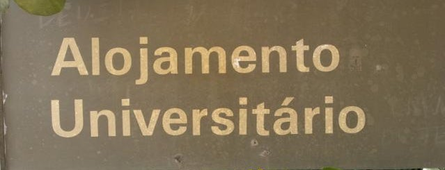 Alojamento is one of Estive em:.
