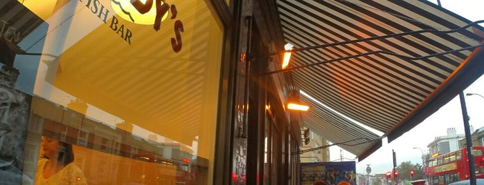 Maddy's Fish Bar is one of Relaxed London Food.