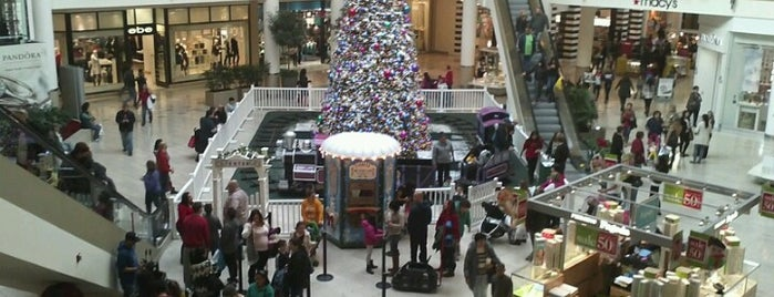 Staten Island Mall is one of New York.