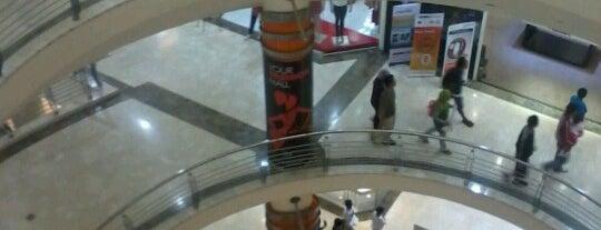 Lippo Plaza Bogor is one of Nanda's All Favorite♥♚.