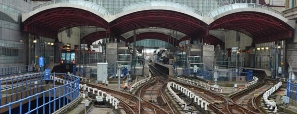 Canary Wharf DLR Station is one of Railway stations visited.