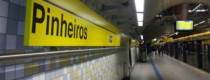 Estação Pinheiros (Metrô) is one of São Paulo ABC, Bares/Cafés, Restaurantes Shoppings.