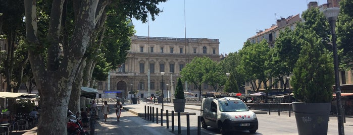 Place Félix Baret is one of Outdoors.