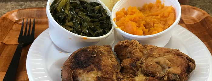 Charles' Pan Fried Chicken is one of 200 Black-Owned Restaurants in NYC.