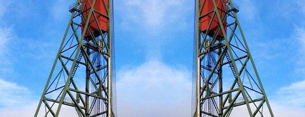 Hawthorne Bridge is one of Portland to-do.