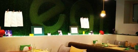 I Live Café is one of Vegeterian cafes.