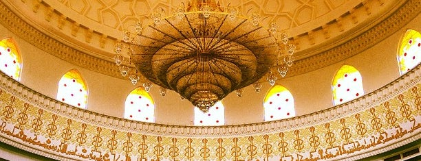 Masjid Tengku Kelana Jaya Petra is one of masjid.