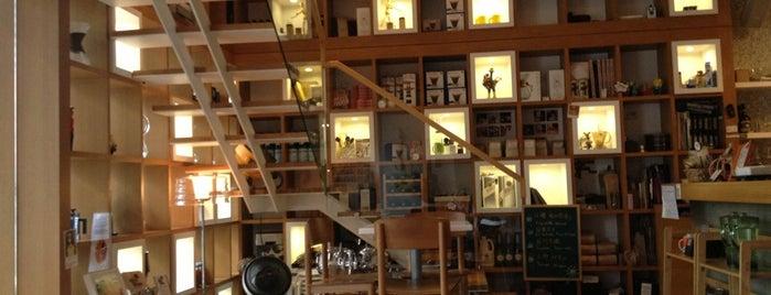 Retro / mojocoffee is one of Taiwan Coffee.